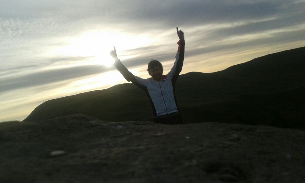 A 6am sun on top of Dumgoyne